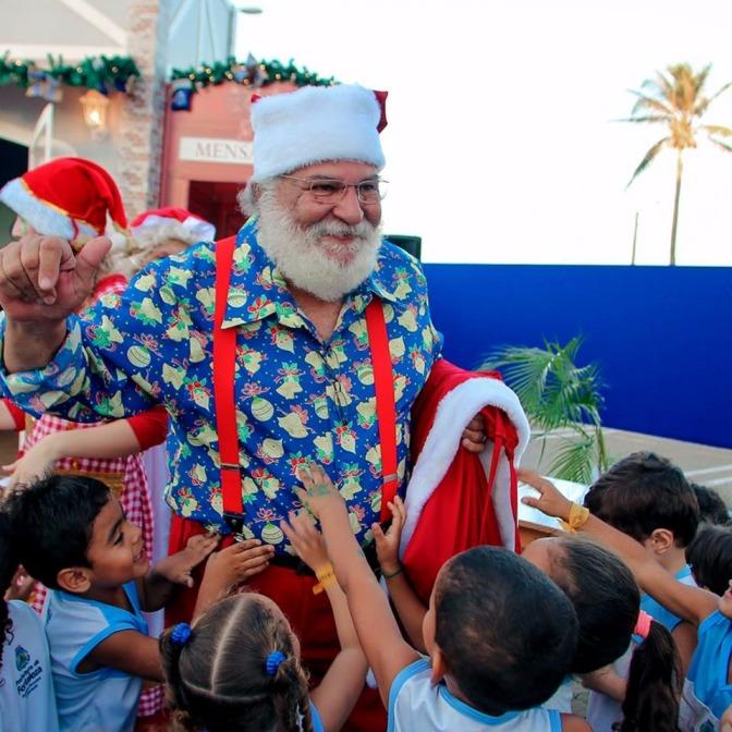 Papai Noel existe na Vila Encantada de Natal | Valoração Clipping 1 milhão
